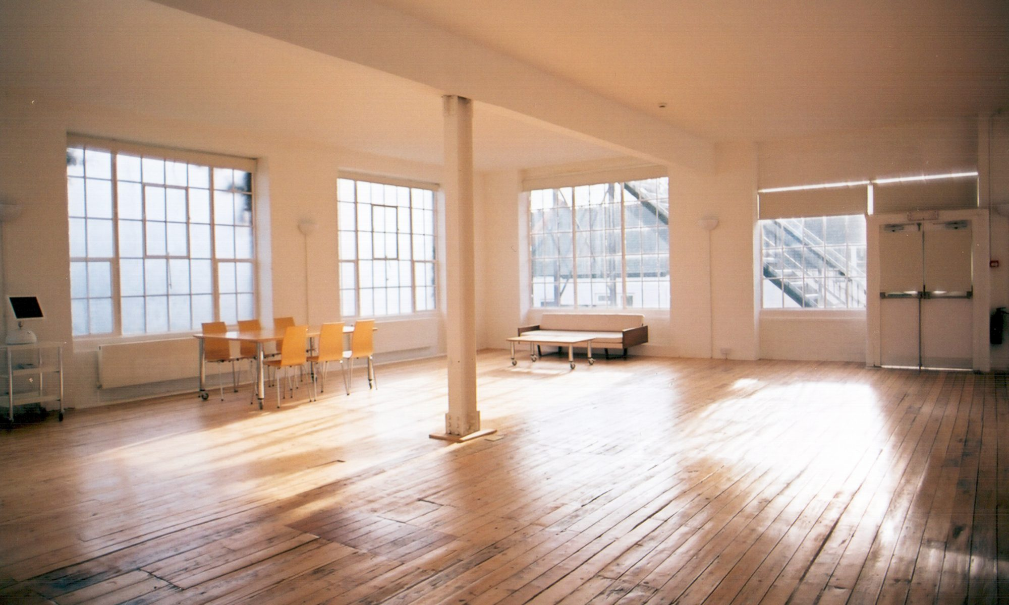Creative art studios, offices and workshops to rent in warehouses in London…